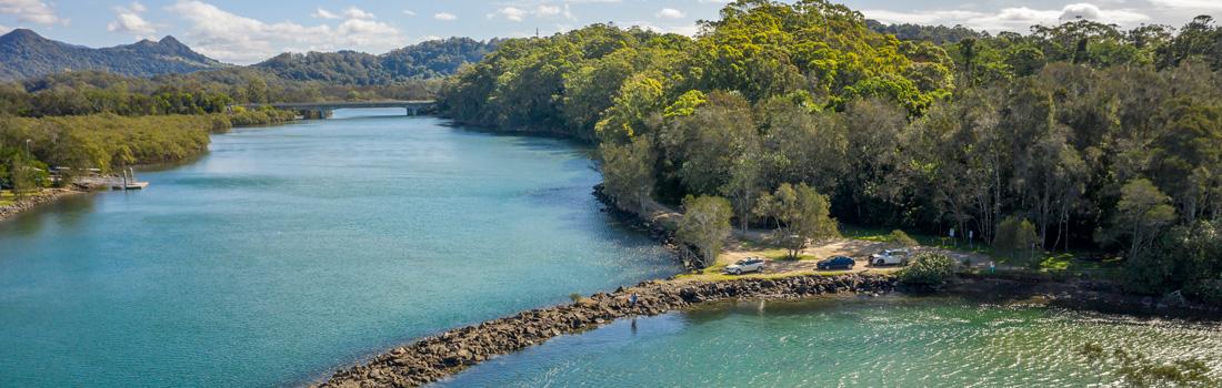 Fishing at Brunswick River, New South Wales.