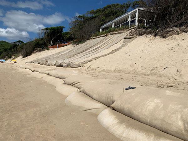 Sandbag wall and beach nourishment – Clarkes Beach (February 2021)