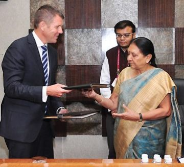 Premier Mike Baird and the Chief Minister of Gujarat, the Hon Ms Anandiben Patel.