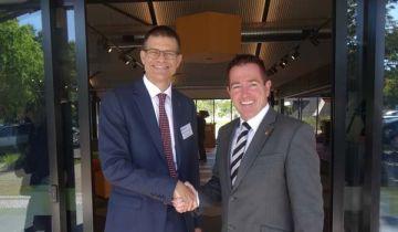 CSU Vice-Chancellor Andrew Vann and Paul Toole Bathurst MP