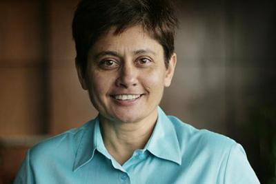 Ms Zoe de Saram